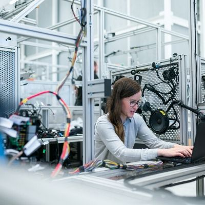 DELMIAWORKS Manufacturing ERP System Shop Floor Productivity